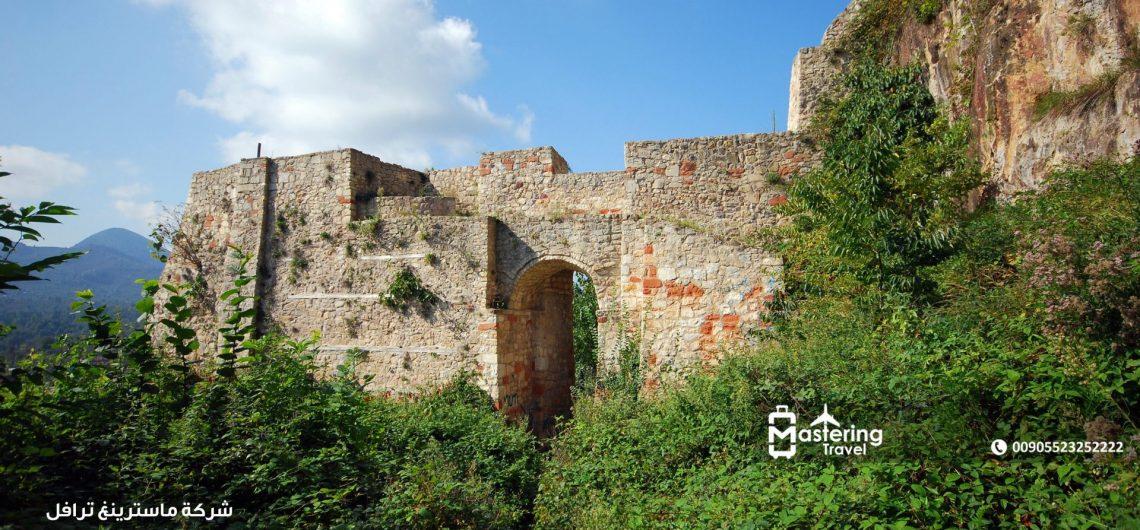 قلعة اونيا في اوردو